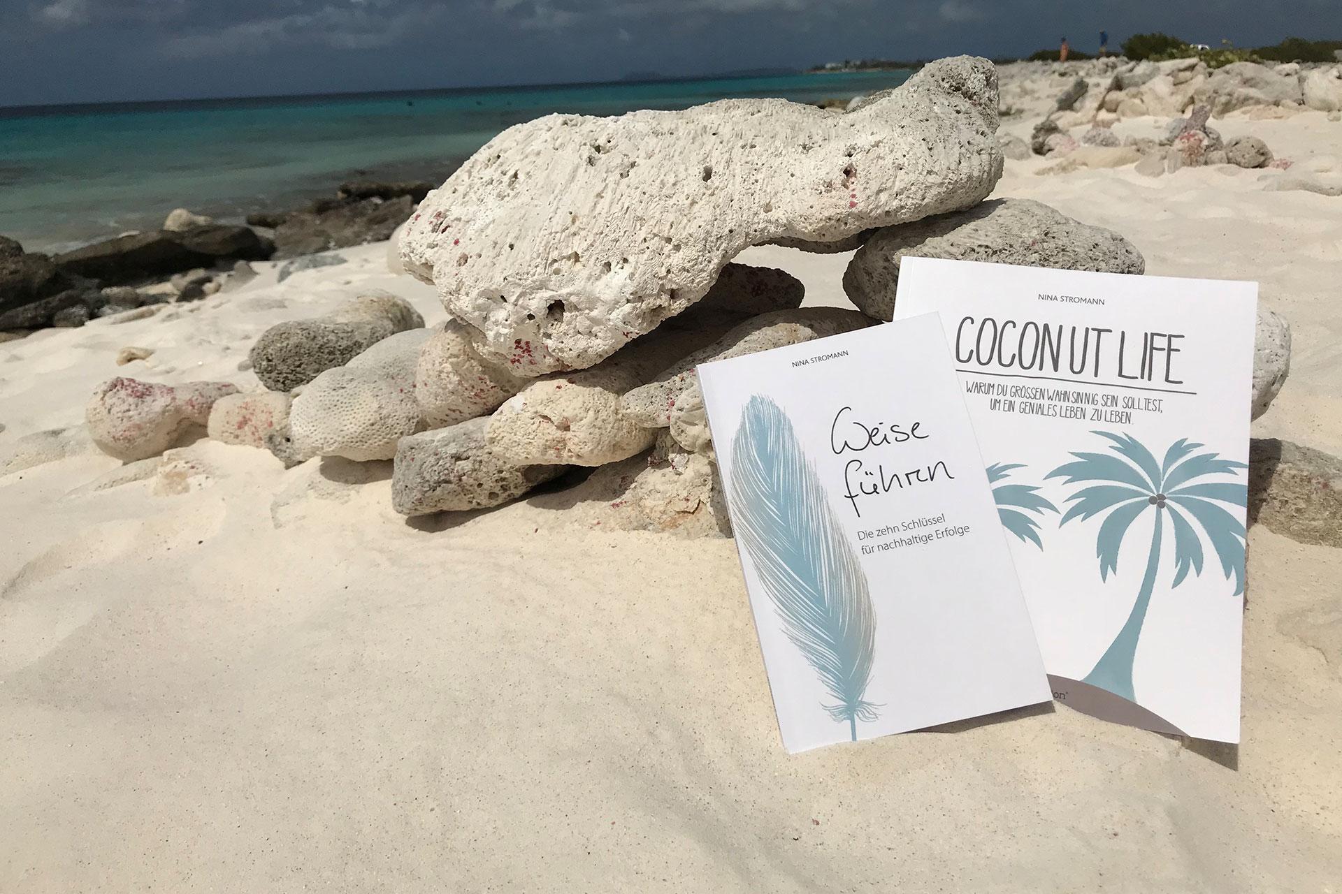 Coconut Life Bücher